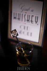 michael_phelps_nicole_johnson_nye_whiskey